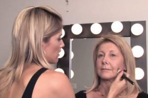 Μακιγιάζ που σε δείχνει μικρότερη